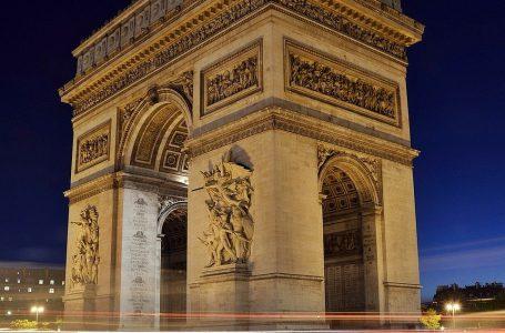 Дефиле за националния празник на Франция
