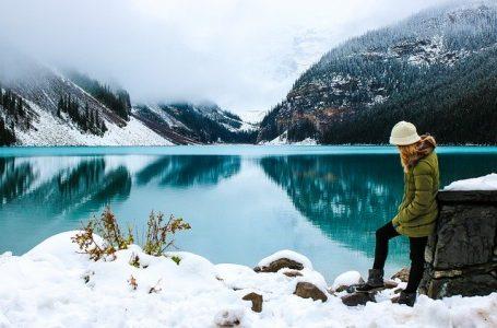 По вода в Канада