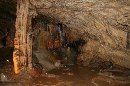 Les grottes de la Franche- Comté